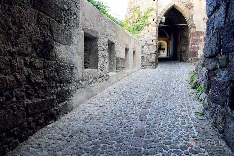 ingresso-via-castello